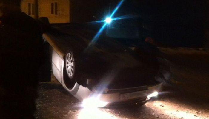 Под Таганрогом перевернулся Chevrolet Lacetti