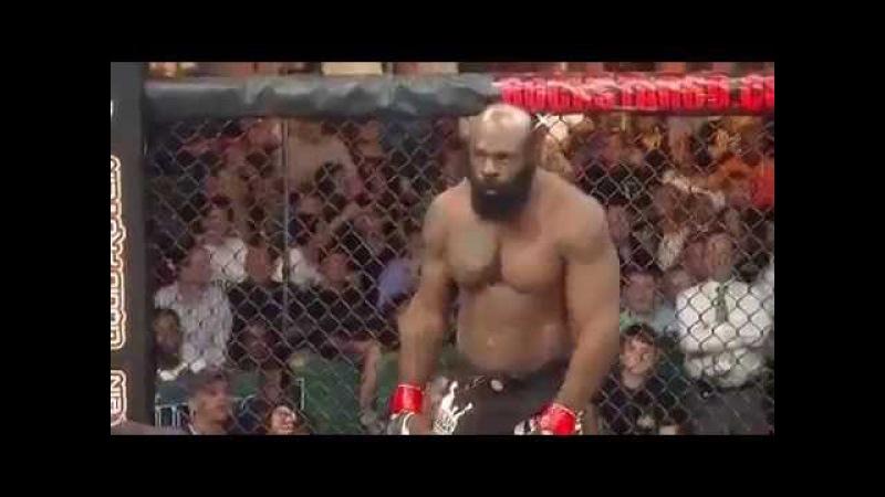 Kimbo Slice vs Tank Abbott in MMA fight