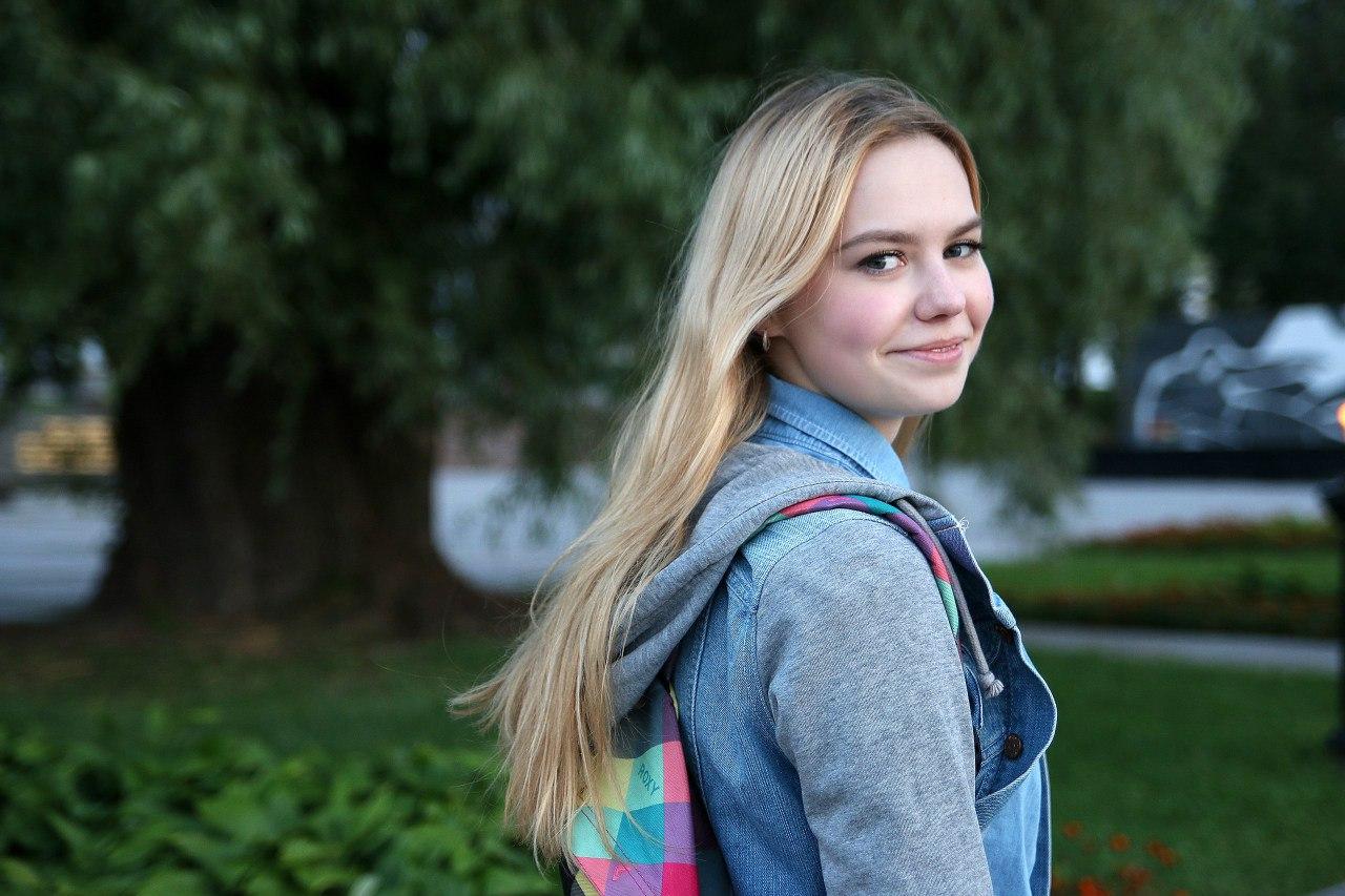 Секс рассказы молодые девочки 10 фотография