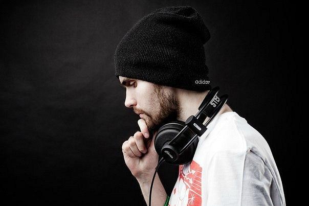 Текст песни Noize MC - 18:30