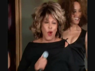 Что может быть лучше, при поздравлении Oprah Winfrey с днем рождения, чем песня Tina Turner?