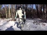 Я всё ждал когда он ударит чувака с клюшкой Робот трансформер по имени Чаппи