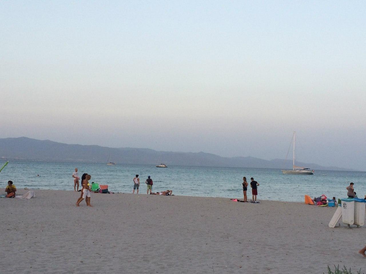 Пляж Поэтто (Кальяри, Сардиния)