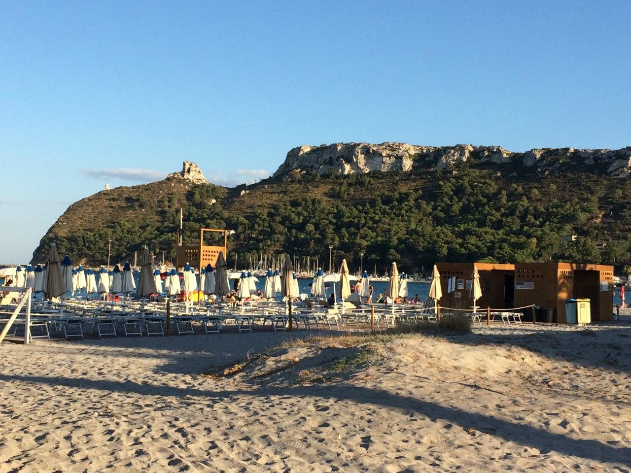Кальяри. Пляж Poetto