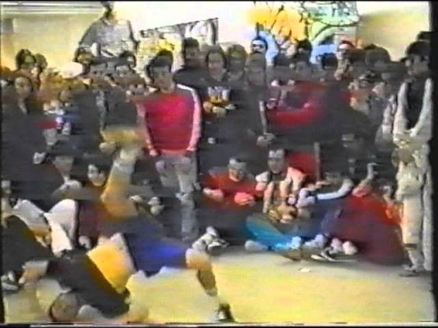 B Boying Cypher @ Spring Jam 1992 in Frankfurt with Crazy Legs, Mr. Wiggles, Battle Squad...
