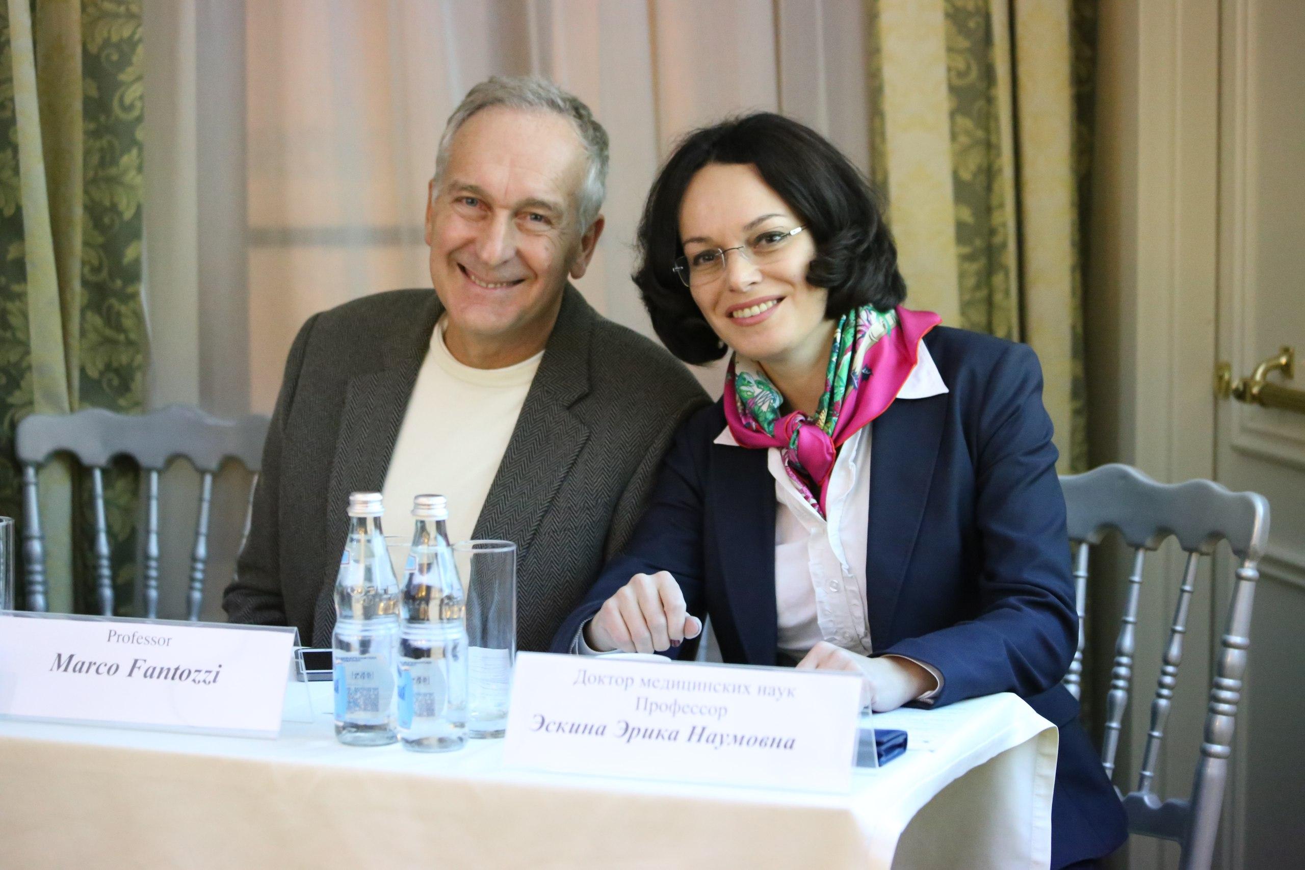 Доктор Эрика Эскина и доктор Марко Фантоцци (Marco Fantozzi)
