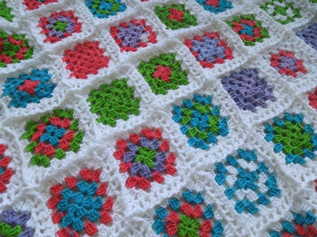 Как связать плед из бабушкиных квадратов. Часть 2. How Crochet blanket.Granny squares