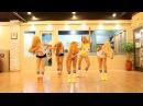 Пятница продолжается Девочки прикольно танцуют.