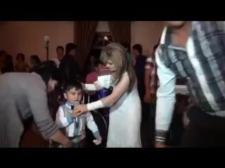 Azizbek - Kelgin gulim 4 летний мальчик ilya$ PrN 2015