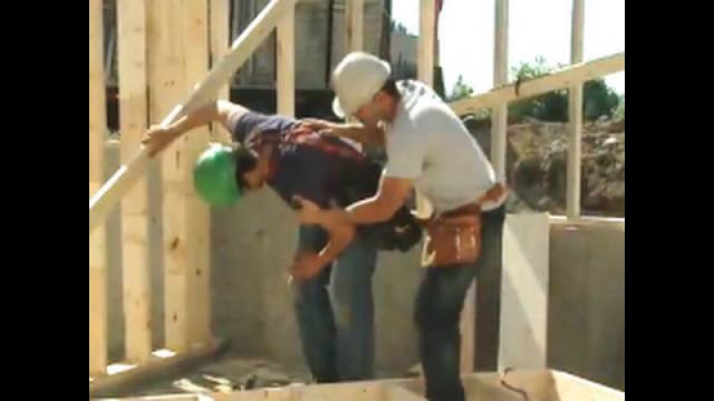 Safe Handling of Nail Guns (2 of 4) - Graphic Content!