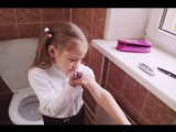 """Прямой эфир - Пытка для первоклассницы: """"Иди в туалет и делай себе укол сама!"""""""