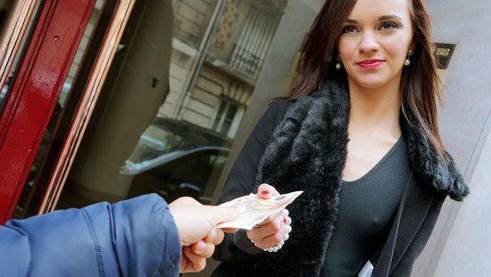 PublicPickUps Lea Guerlin French Model In Pink Panties