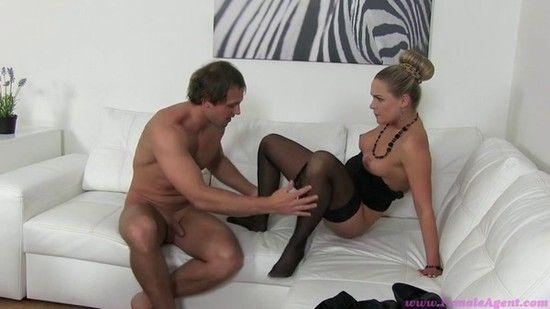 u-agenta-onlayn-porno-porno-studentov-den-rozhdenie