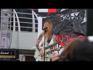 Lita Ford - Kiss Me Deadly - Monsters of Rock Cruise 2015