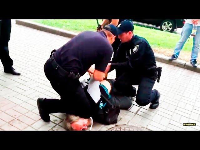 Поліція США 40 тисяч доларів моральної компенсації за перевищення службових повноважень