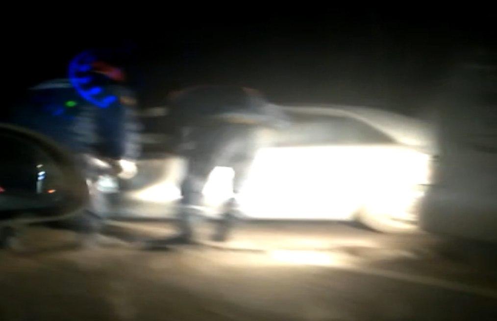 Под Таганрогом в тройном ДТП пострадали два человека. ВИДЕО последствий.