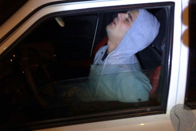 В Таганроге задержан в состоянии наркотического опьянения следователь из Волгограда. ВИДЕО