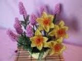Композиция цветов Лаванда +Нарцисс