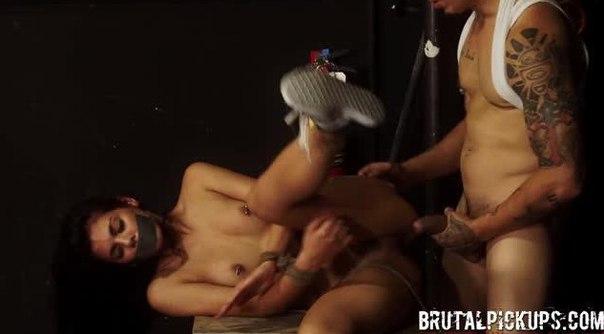 BrutalPickups E05 Gina Valentina