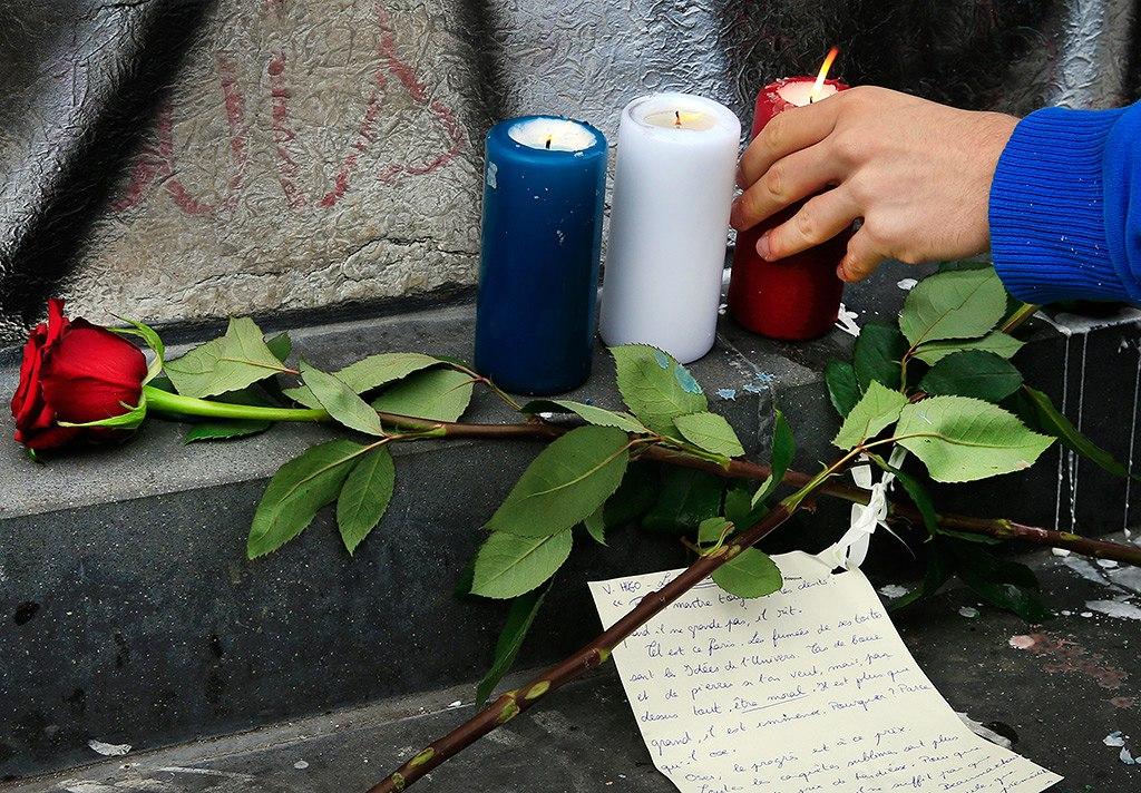 Прокуратура Парижа подтверждает гибель 128 человек при терактах