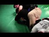 Два полицейских против Брайана Ортеги (9-0 в ММА).