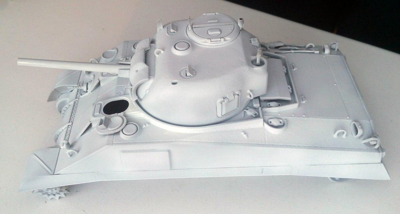 M4 Sherman (Tamiya 35190 1/35) Q6hmVFcX3qg