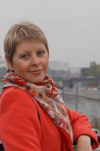 Оля Крестникова