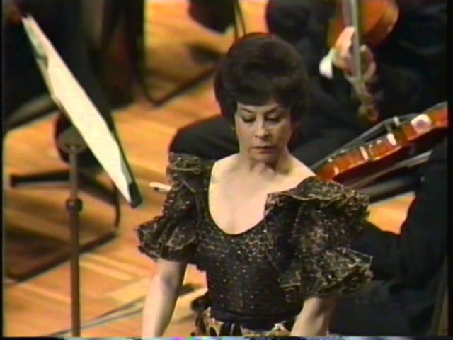 Albeniz: Sonata in D major, Castanets.Dancer: Lucero Tena, Conductor: Antoni Ros-Marbà
