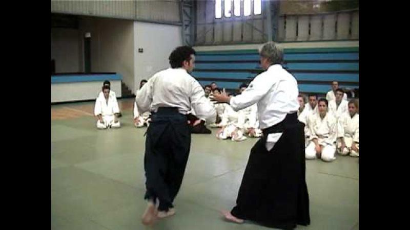 Aikido Sensei Yoshimitsu Yamada Shihan - 2005 Chile, Santiago - Katatetori Nikkyo Ura 1