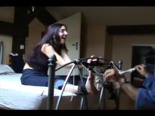 Tickling-Videos.com - FrenchTickling - Stephanie 06-10