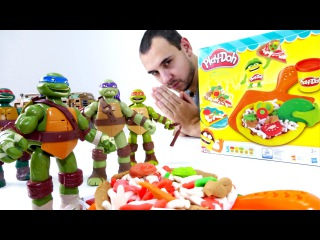 Видео для детей: папа Роб и ЧЕРЕПАШКИ НИНДЗЯ! Готовим пиццу - Плей До. play doh