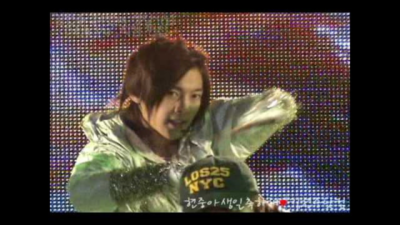 김현중 KIM Hyun Joong's 24th Birthday :: SS501 - Deja vu [Fancam]