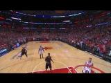 Derrick Rose Banks in Game-Winning Triple - Taco Bell Buzzer Beater