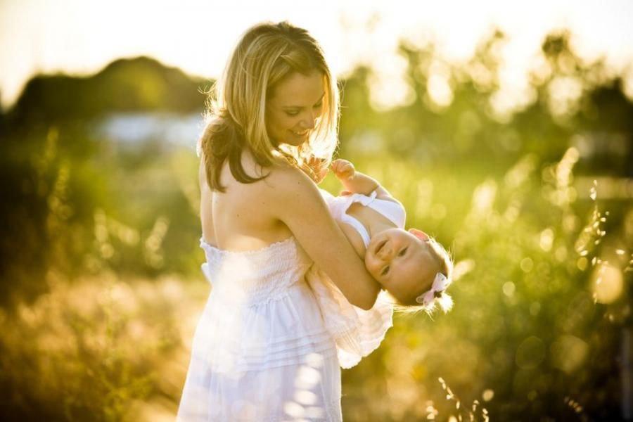 Счастливая мама, мама с дочкой