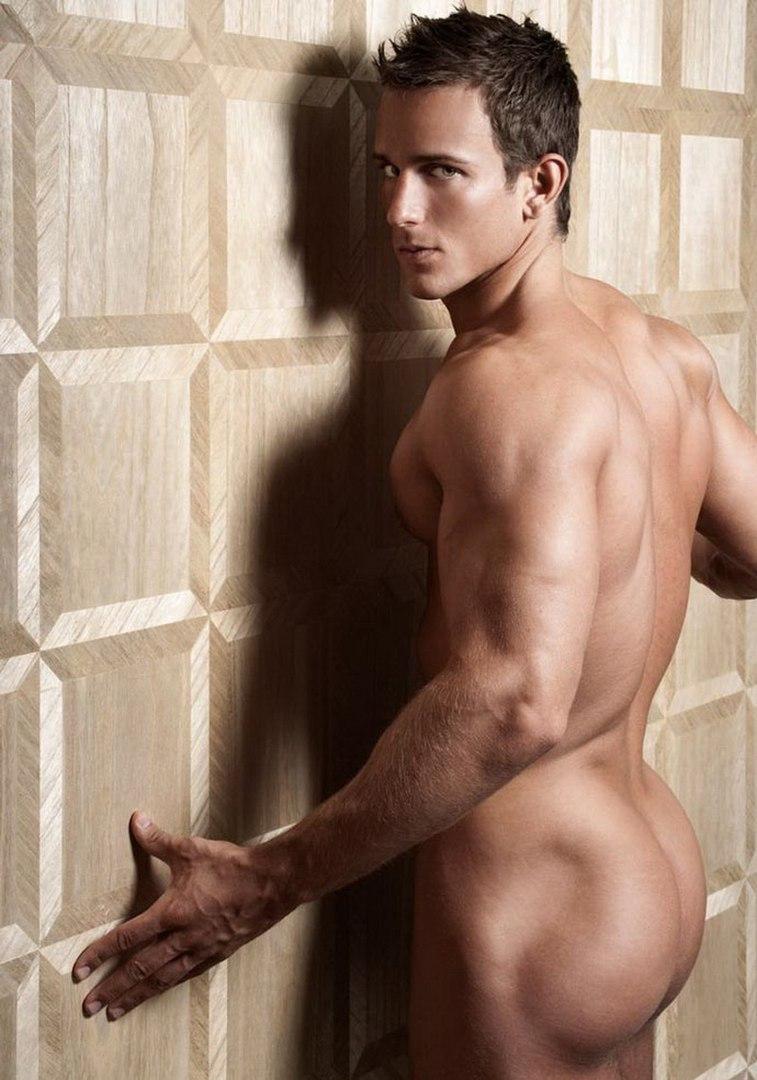 Смотреть красивых голых мужчин 16 фотография