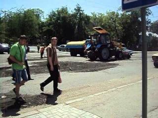 """В Николаеве  """"ремонт дорог"""""""