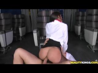 Инцест со стюардессой