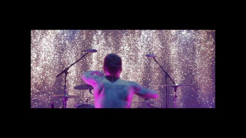 ASKING ALEXANDRIA - Run Free (OFFICIAL MUSIC VIDEO)
