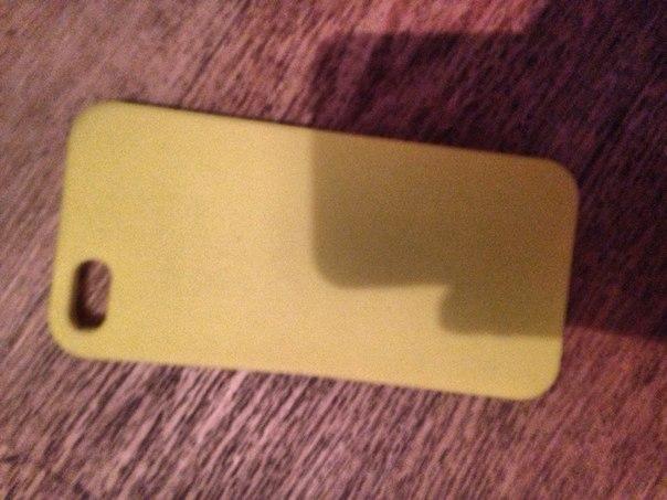 ПРОДАМ ИЛИ ОБМЕНЯЮ айфон 5 на 16 гб.Имеются мелкие дефекты по бокам т