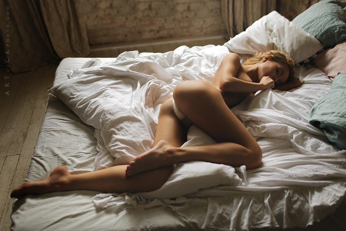 Фото глядя на спящую подругу 21 фотография