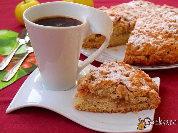 Тёртый яблочный пирог #пирог #кулинария #выпечка #яблоки #вкусно #рецепты На смену пирогам и кексам с малиной пришла яблочная выпечка. Предлагаю вам испечь очень вкусный тёртый яблочный пирог. Такой пирог готовится не сложно и отлично подойдёт для домашнего чаепития.
