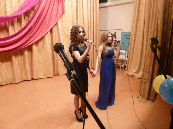 В преддверии Дня матери учащиеся Многопрофильного колледжа «Профессионал» станицы Зеленчукской подготовили праздничную концертную программу