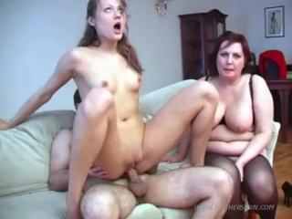 Мамы секс групповуха
