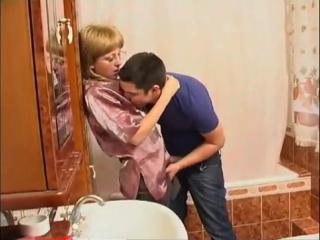 Сын возбудил маму в сексе фото 563-931
