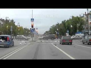 Тюмень 08 08 2015  группа: http://vk.com/avtooko сайт: http://avtoregik.ru Предупрежден значит вооружен: Дтп, аварии,аварии виде