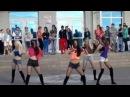 Красивые школьницы классно танцуют современный танец. Современный танец в испо ...