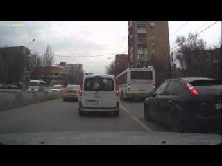 Видео с регистратора Prestigio RoadRunner 320. часть - 4