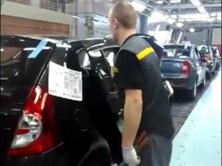Впечатлительным не смотреть! Ручная сборка #Renault на российском заводе - эта музыка будет вечной.