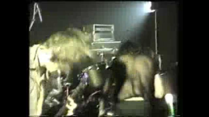 Black Flag - Nervous Breakdown (Live at the Bierkeller in Bradford, UK, 1984)