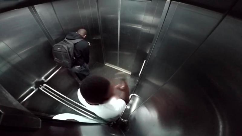 Смотреть секс с сослуживцем в онлайн лифте